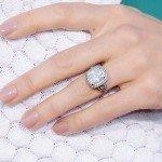Jessica Biel's Dazzling Engagement Ring