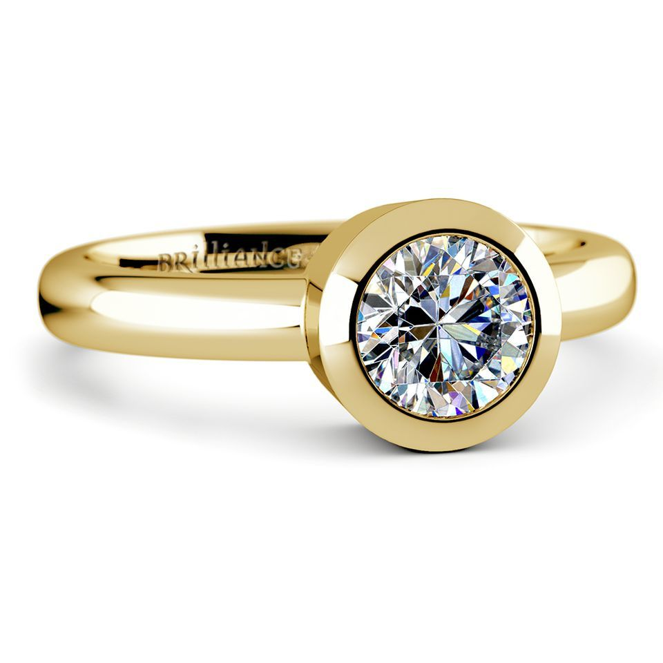 Bezel Solitaire Ring in Yellow Gold
