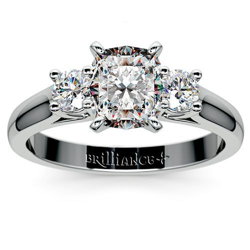 Round Diamond Ring in White Gold