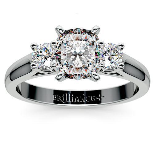 Round Diamond Ring in White Gold