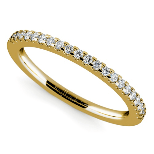 Scallop Diamond Wedding Ring in Yellow Gold