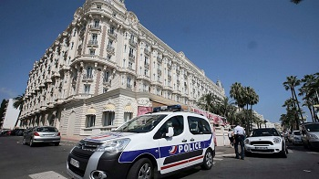 heist in cannes
