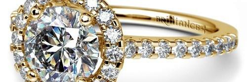 halo-diamond-ring-yellow-gold