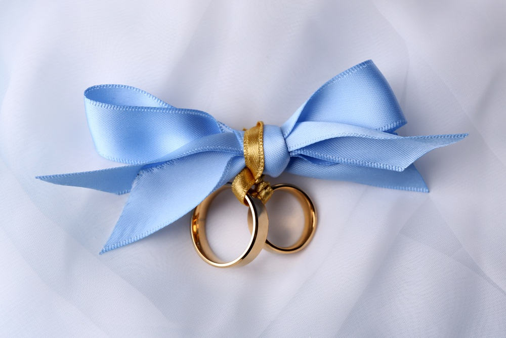 Romantic Ribbon-Style Rings