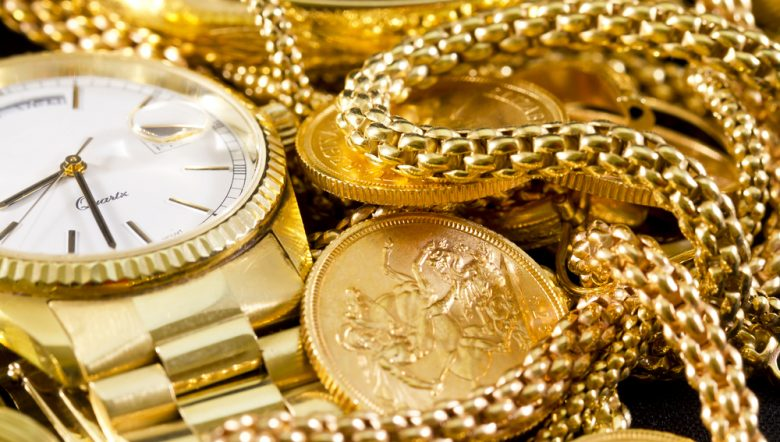 jewelry-gold-necklaces-rings-bracelets-watch-wealth