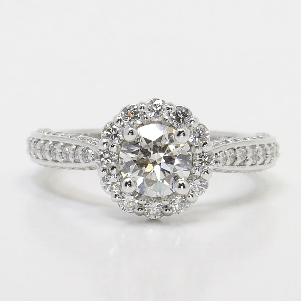 How to Shop for Round Cut Diamond Rings