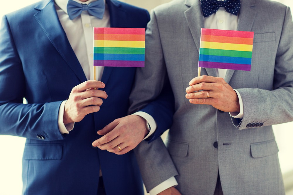 10 Tips to Choose Wedding Rings for Gay Couples