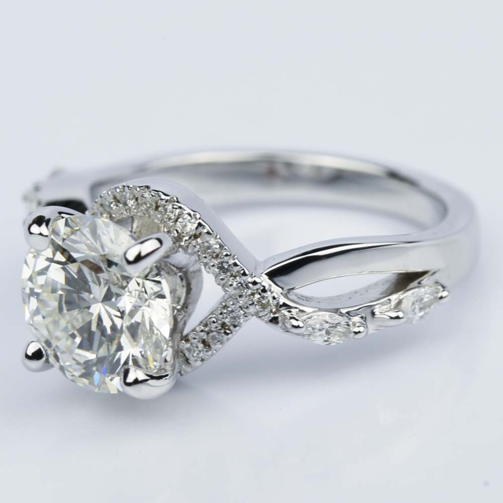 vintage-vine-round-diamond-engagement-ring