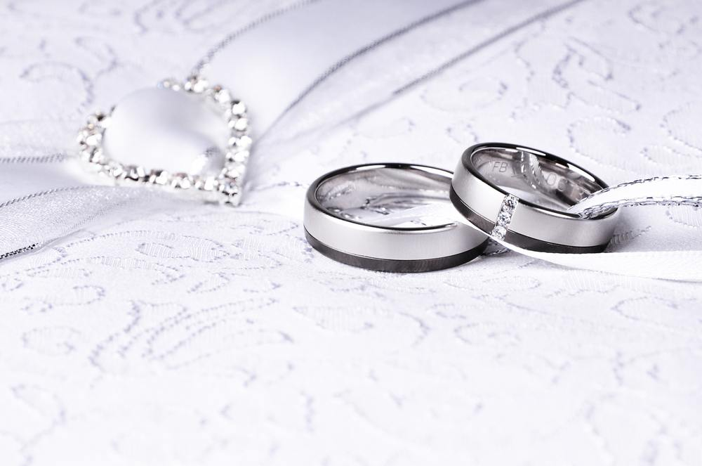 simple vintage wedding rings