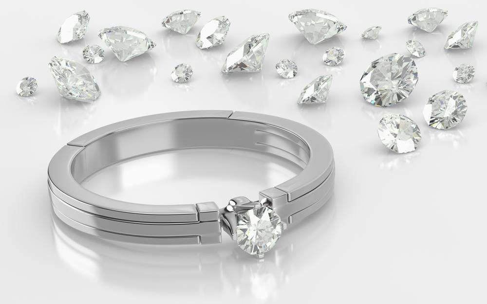 The Best Diamond Shapes for White Gold Engagement Rings For Women