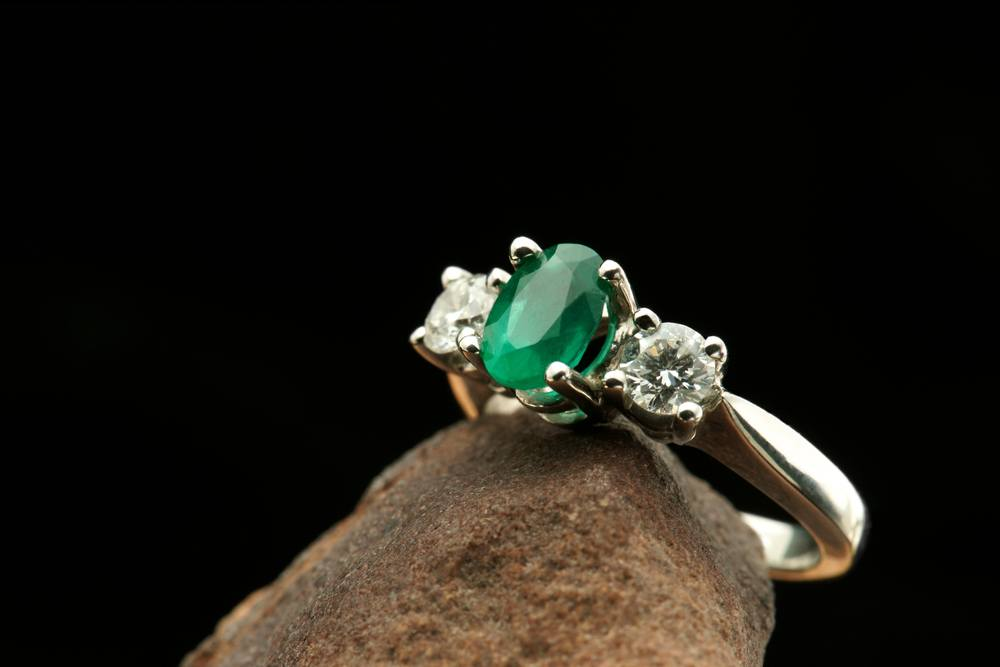 A Round-Cut Emerald Ring