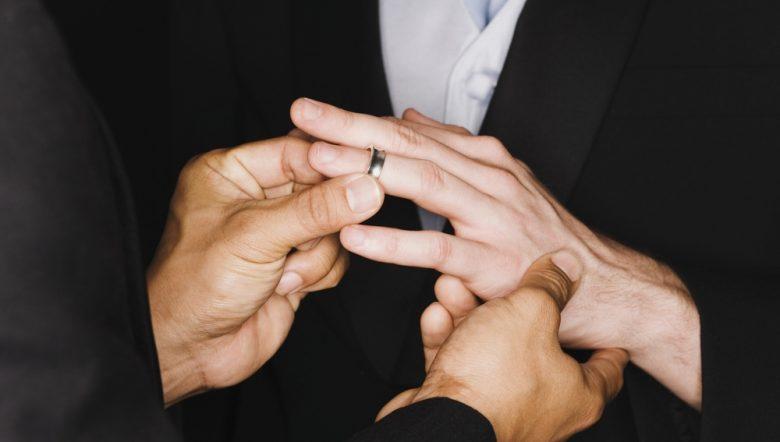 mens engagement rings gay