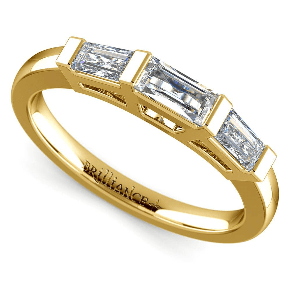 Baguette Wedding Ring in Yellow Gold