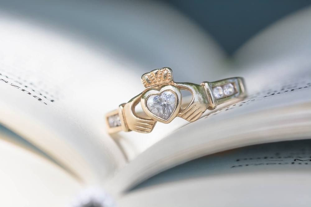 irish engagement rings the meaning of the claddagh