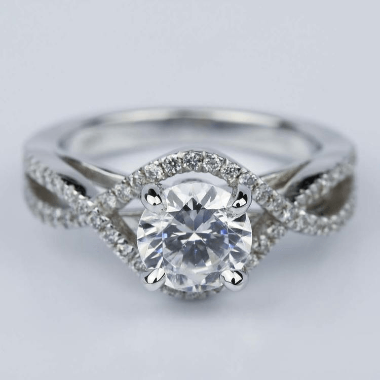 Moissanite center stone